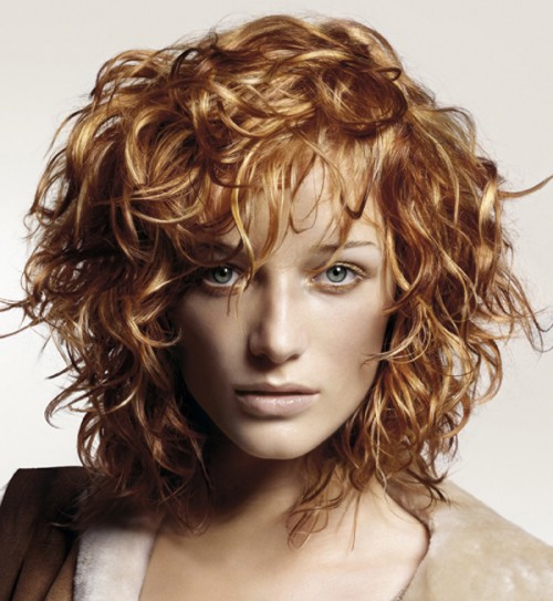 curly gold blonde hairstyle