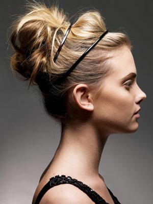 loose bun hairstyles