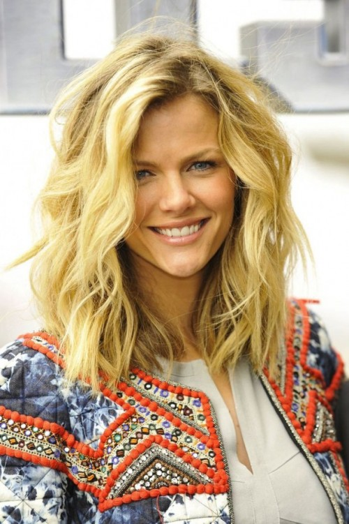 Astonishing Wavy Hairstyles For Thick Hair Hairstyles 2016 Hair Colors And Hairstyle Inspiration Daily Dogsangcom