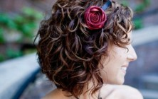 highlighted curly bob hairstyles