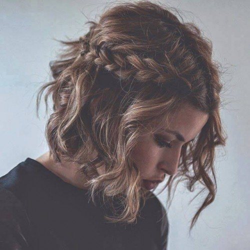 messy curly hairstyles with braid