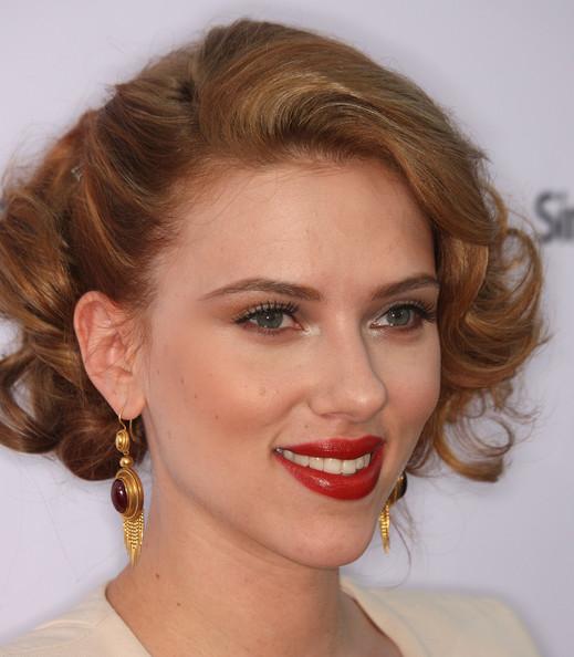Scarlett Johansson bob hairstyles 2014