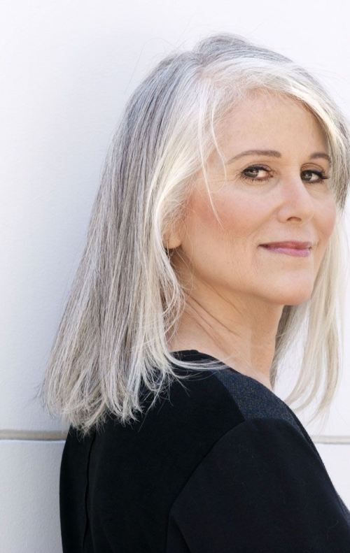 Cute Easy and Fashionable Hairstyles for Grey Hair