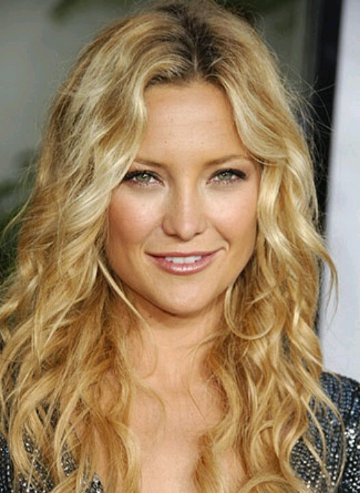 beach wavy long hairstyles for round faces