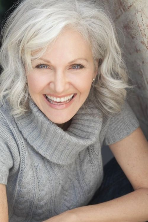 Hairstyles for Older Women Gray Hair