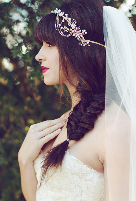 2014 Fall-Winter 2015 bridal hairstyles-brunette fishtail
