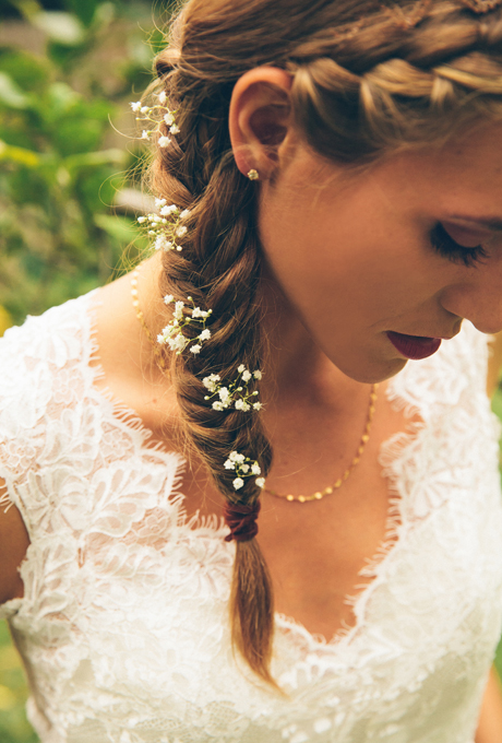 2014 Fall-Winter 2015 bridal hairstyles-flower fishtail