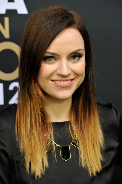 2014 Fall-Winter 2015 ombre hair color for medium hair
