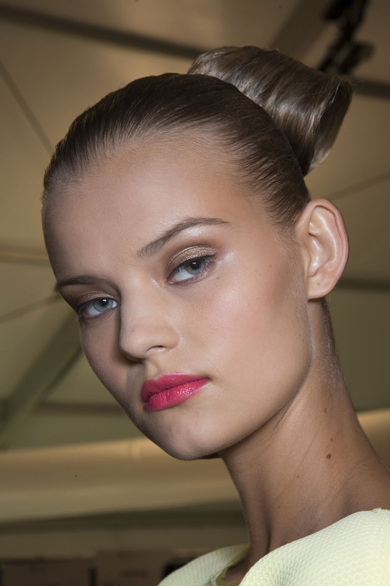 NYFW hairstyles trends 2015 - tight updo