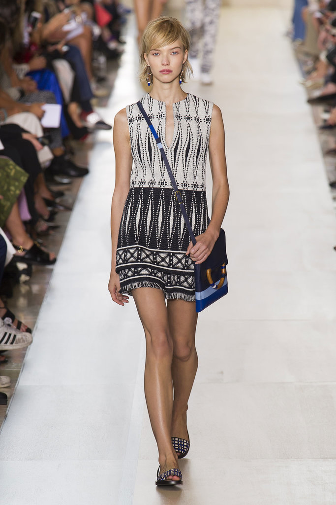 Tory Burch NYFW Spring 2015 hairstyles - short side swept hair