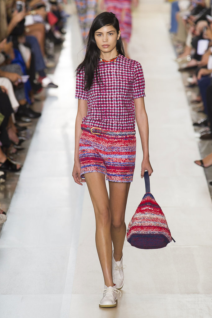 Tory Burch NYFW Spring 2015 hairstyles - blacj side swept hair