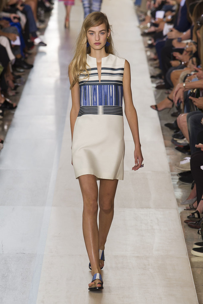 Tory Burch NYFW Spring 2015 hairstyles - long blonde side swept hair