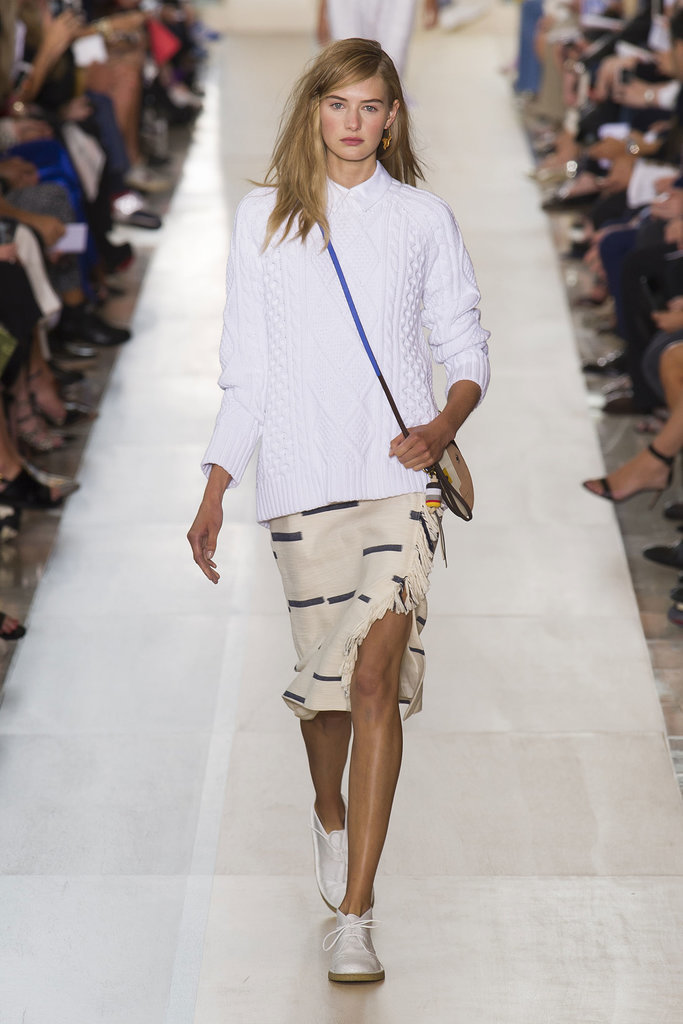 Tory Burch NYFW Spring 2015 hairstyles - medium side swept hair