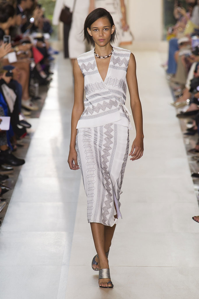 Tory Burch NYFW Spring 2015 hairstyles - short black hair