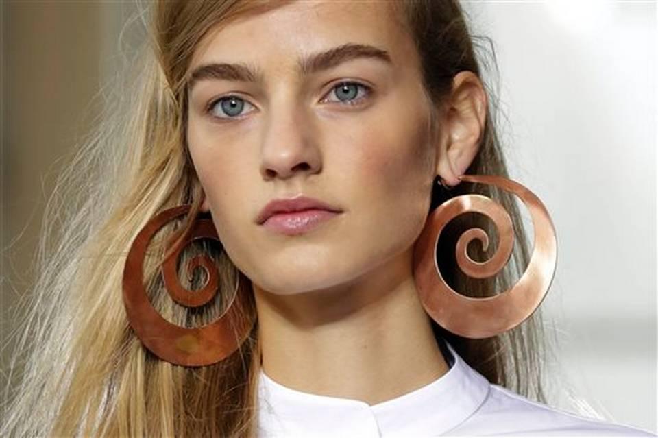 Pleasant New York Fashion Week Easy Hairstyles 2015 Spring Summer Hairstyles For Women Draintrainus