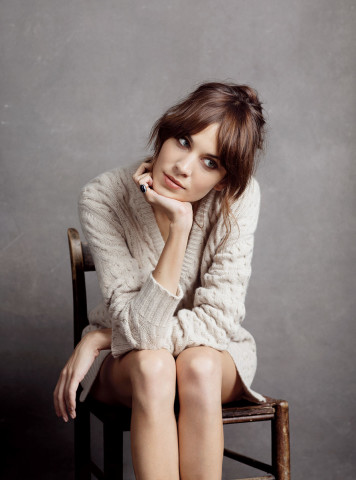 Alexa Chung brunette hair colors 2015
