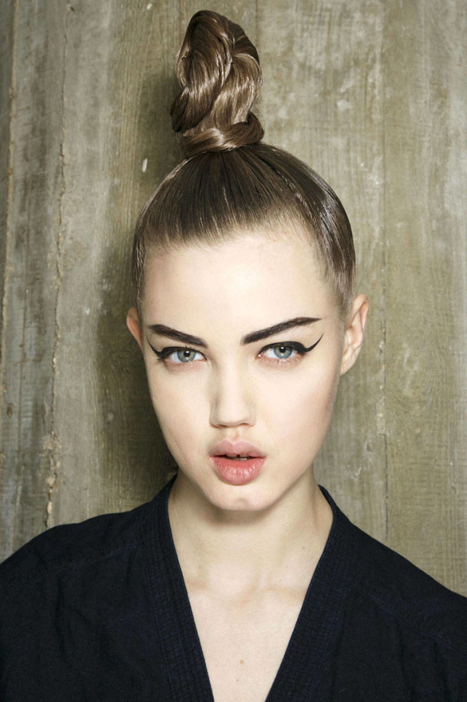 Top trendy fall 2014 hairstyles hairstyles 2017 hair colors and fall 2014 hairstyles top knot urmus Images