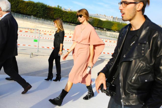 Paris Fashion Week Hairstyles 2015 - Street Style Simple Bun