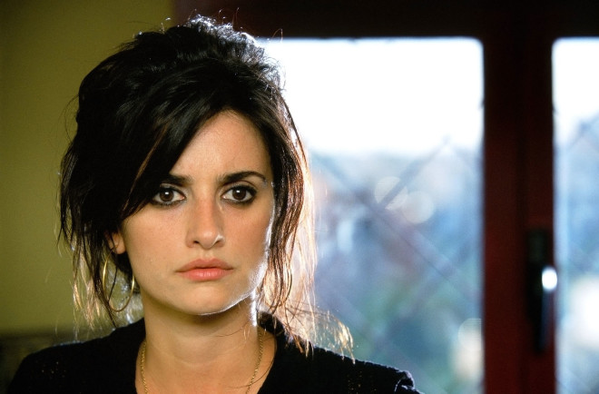 Penelope Cruz hairstyles from Volver