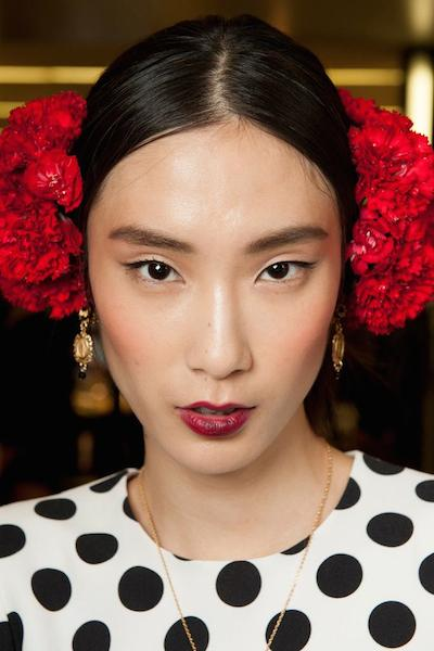 Dolce & Gabbana hairstyles 2015 and hair accessories SS15
