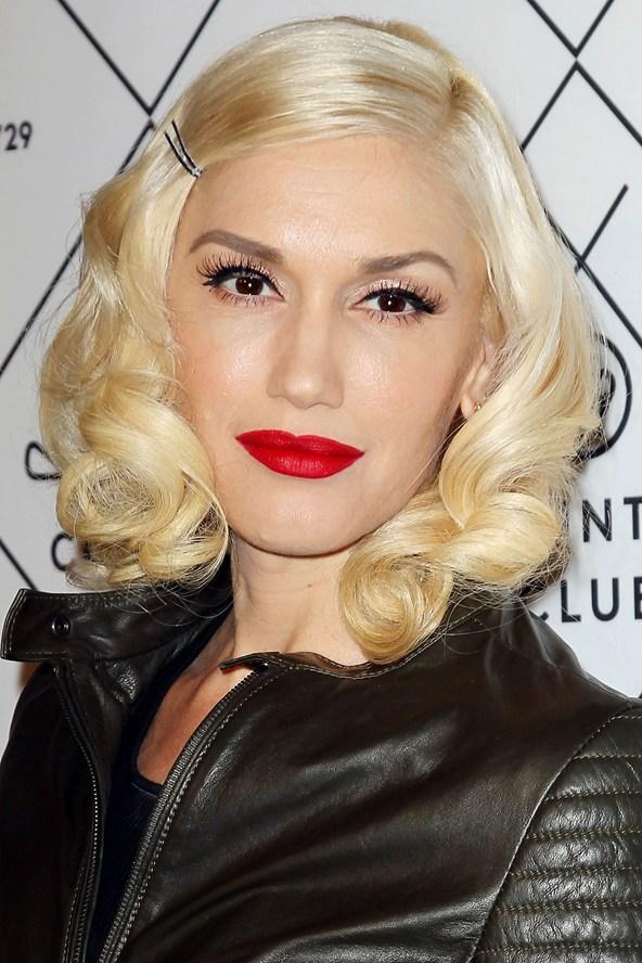 Gwen Stefani blonde hair colors 2015
