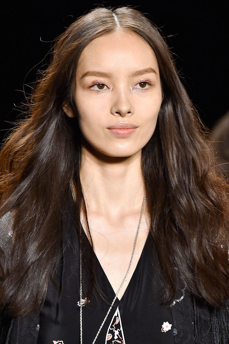 Anna Sui boho waves hairstyles 2015