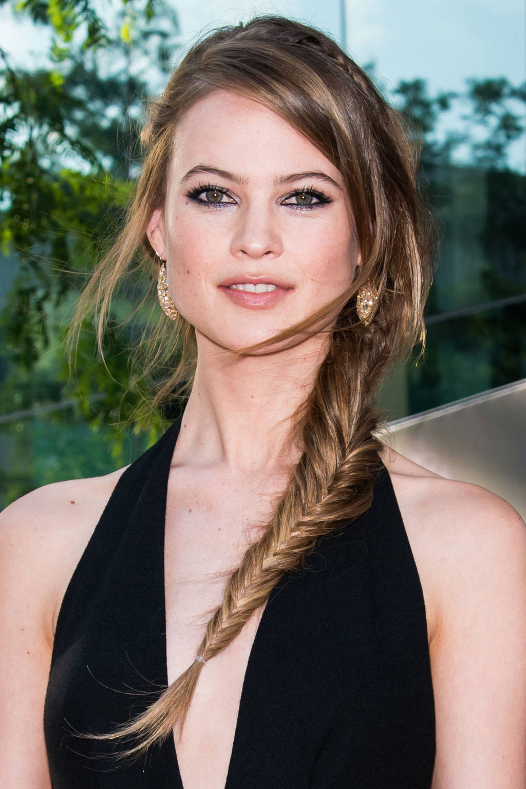 Behati Prinsloo side fishtail braids 2015