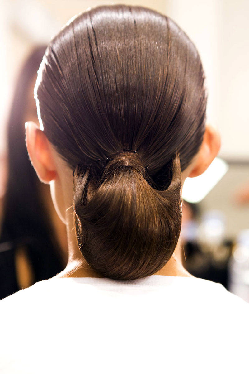 Altuzarra low bun hairstyles 2015
