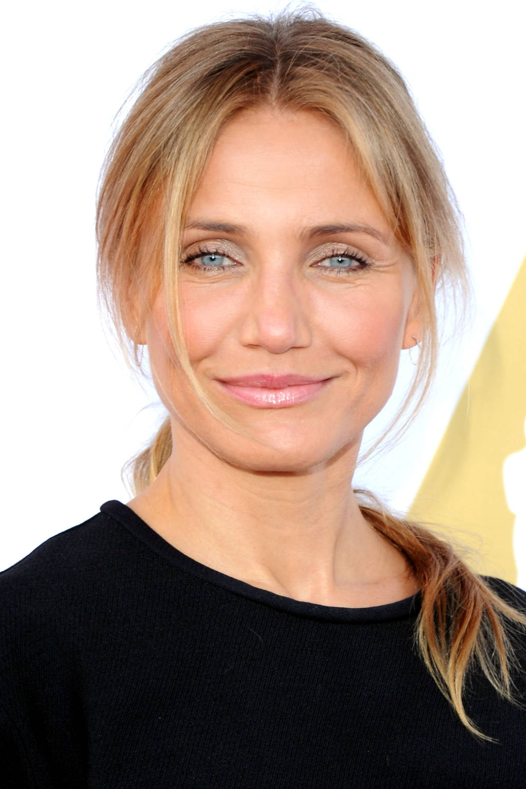 Cameron Diaz center parted hairstyles 2015