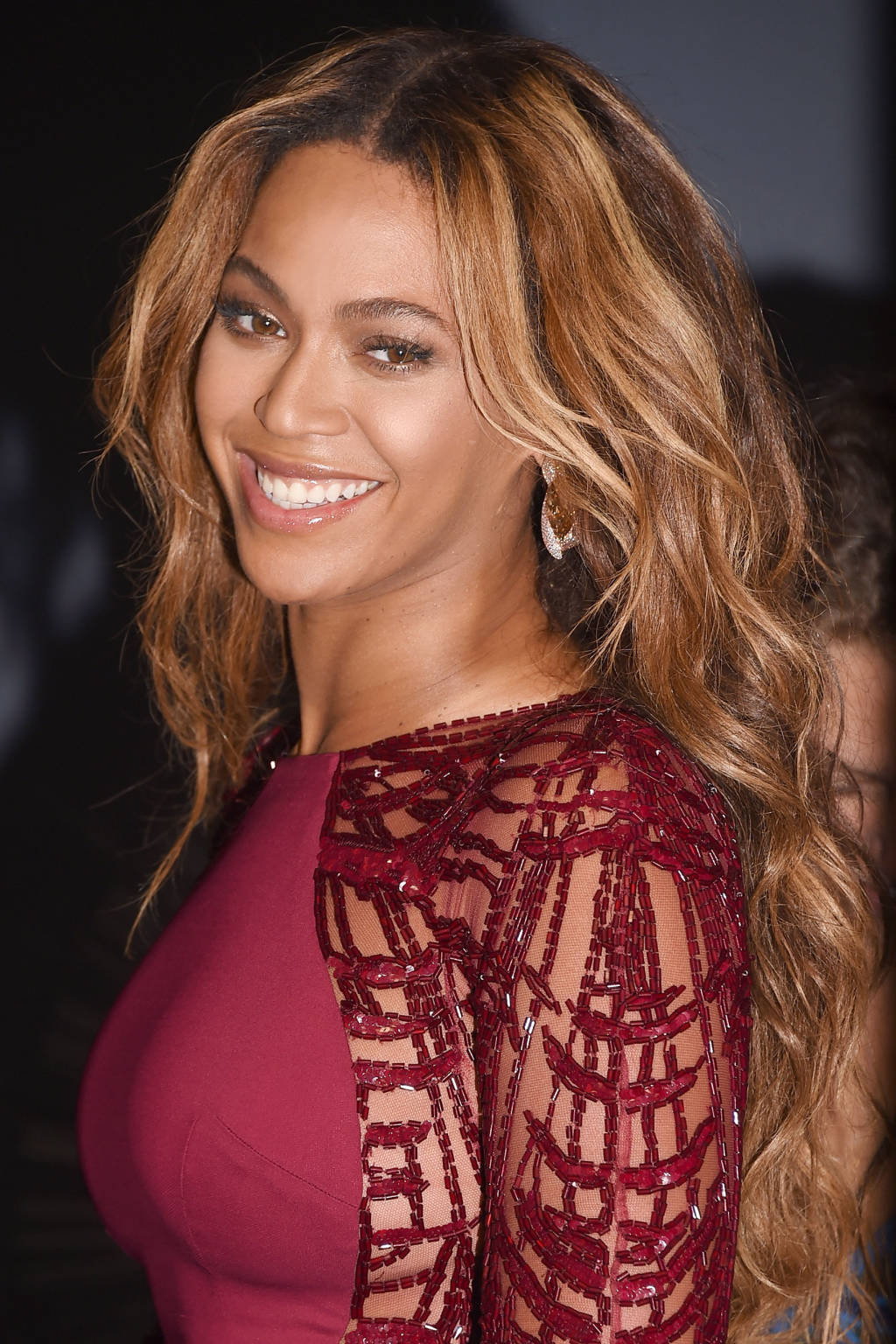 Beyonce bronze hair color
