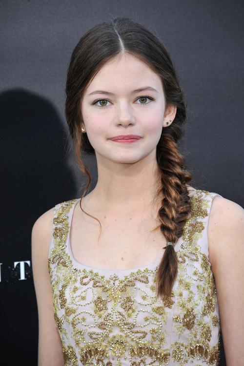 Mackenzie Foy fishtail braids 2015