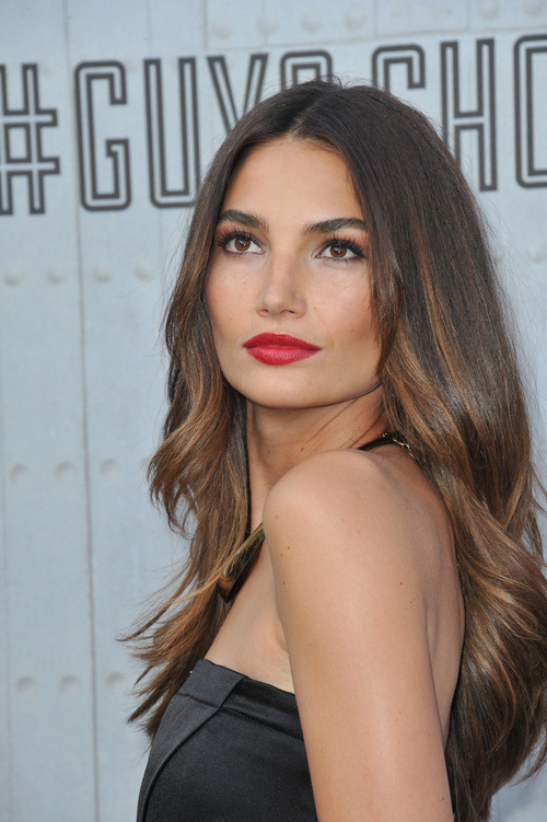 Lily Aldridge straight layered hairstyles 2015