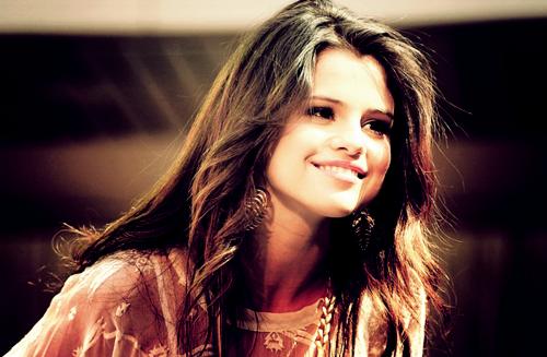 Excellent Selena Gomez Celebrity Hairstyles For Spring 2015 Hairstyles Hairstyles For Women Draintrainus