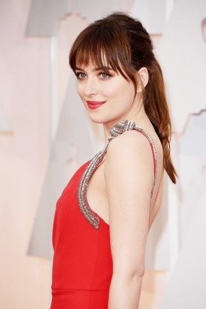 Dakota Johnson Oscar 2015 Hairstyles