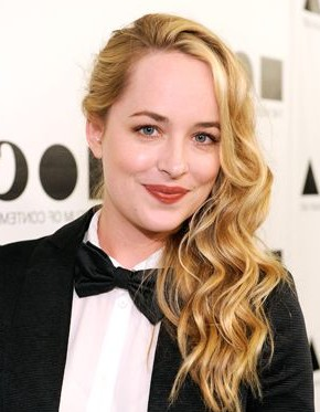 Dakota Johnson side swept wavy hairstyles 2015
