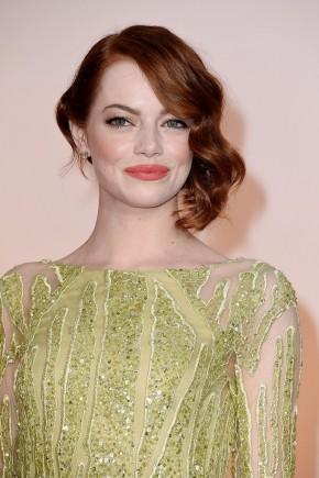 Emma Stone Oscar 2015 Hairstyles