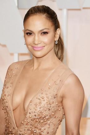 Jennifer Lopez Oscar 2015 Hairstyles