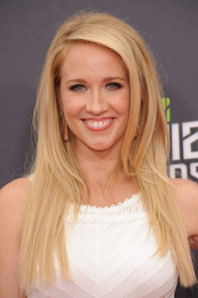 Anna Camp Long Hairstyles 2015