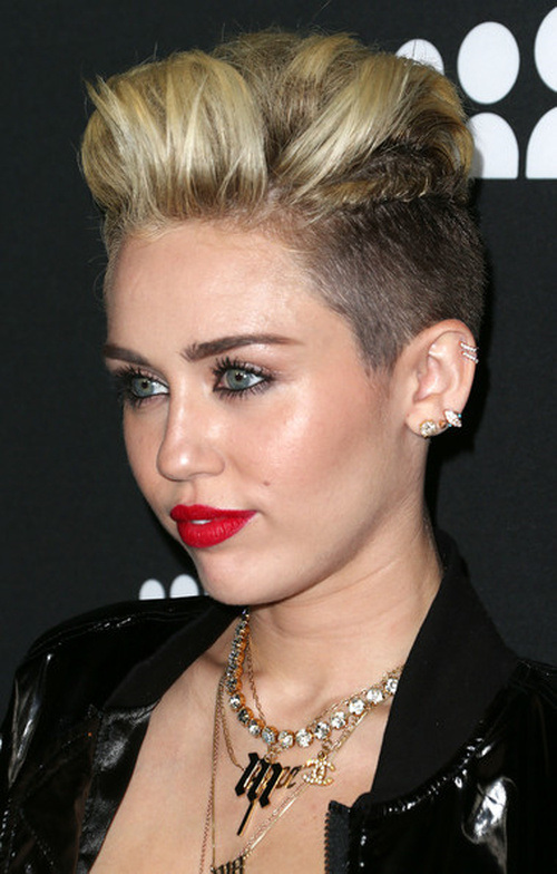 A New Hairstyle : Miley Cyrus Diverse Short Hairstyles for Spring 2015 Hairstyles 2017 ...