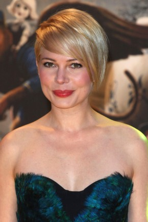Michelle Williams Short Haircuts With Bangs 2015