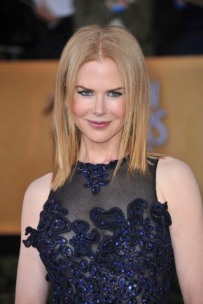 Nicole Kidman medium straight hairstyles 2015