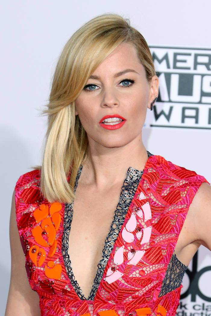 Elizabeth Banks Blonde Hairstyles 2015