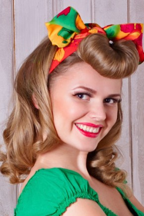 Vintage Hairstyles with rolled bangs 2015