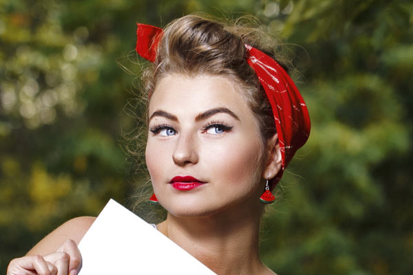 Vintage hairstyles with bandanas and red lipstick SS15