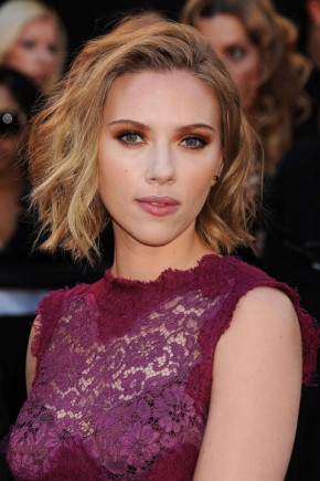Scarlett Johansson celebrity bob hairstyles 2015