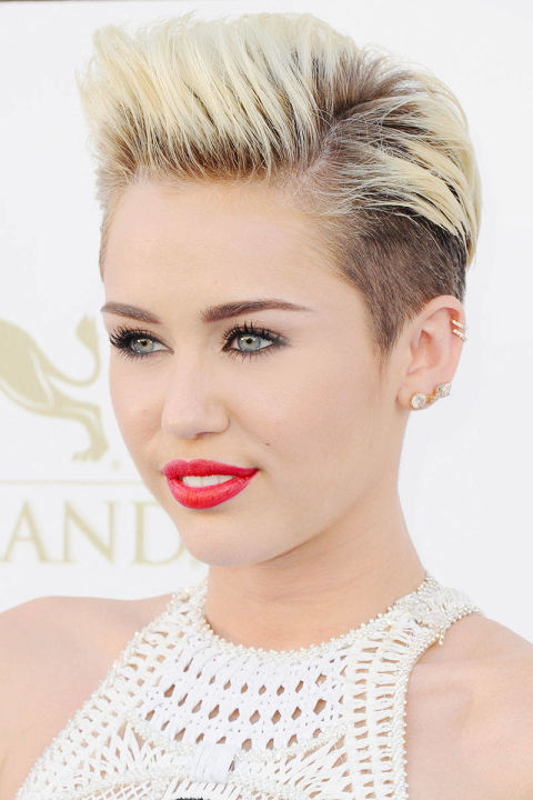 Miley Cyrus pixie haircuts 2015