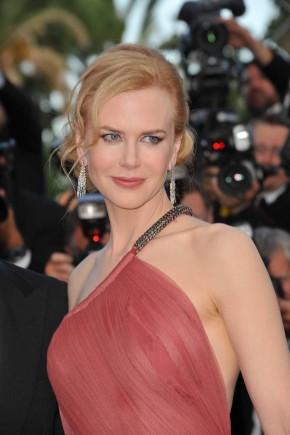 Nicole Kidman red hairstyles 2015