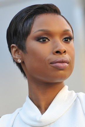 Jennifer Hudson Short hairstyles 2015