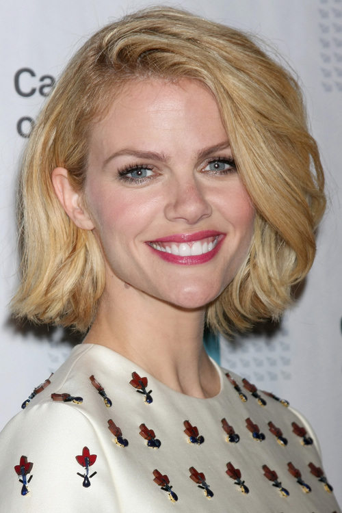 Brooklyn Decker bob hairstyles 2015