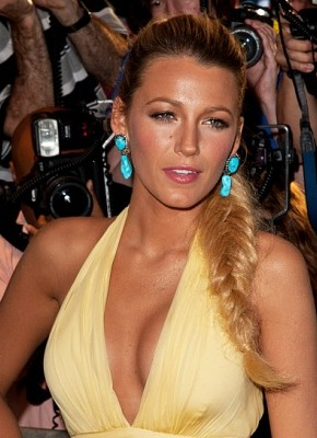 Blake Lively fishtail braids 2015